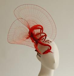 Dragon-rouge-decor-chignon-2010